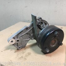 Ford Kuga 2 Focus 3 Насос водяной (помпа) DS7G8501AA 1935496